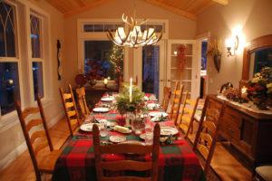 christmas-table-1559071-1598x1062